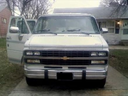 1994 G-20 Conversion Van Regency